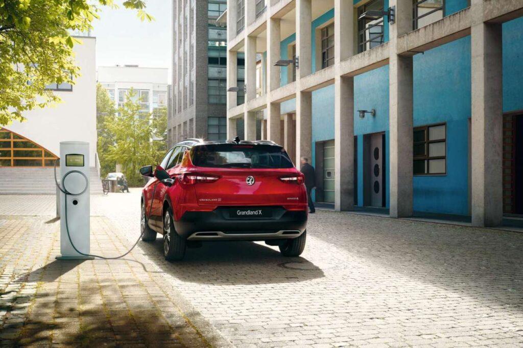 Taylors Vauxhall Grandland X Hybrid